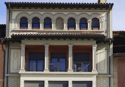 Edifici plurifamiliar – Plaça Major – Vic